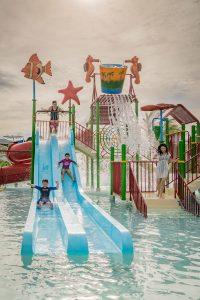 palawan-waterpark_tumbling-buckets-kidzone2